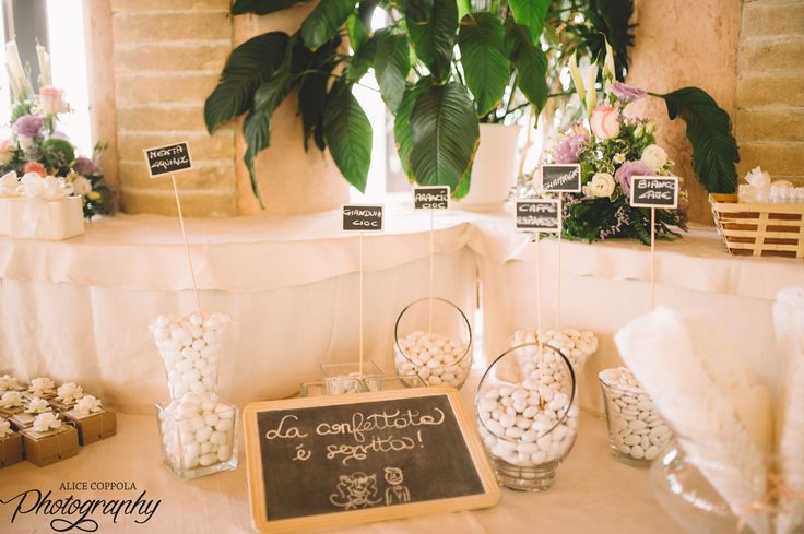 Sugared almonds paradise! #yummy #weddingday | @AliceCoppola Photographer
