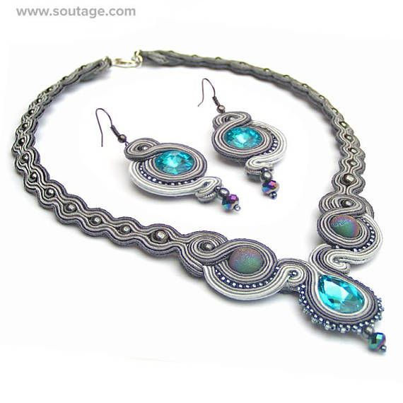 Grey Fog is a beautiful gray and blue necklace and earrings, perfectly matching evening dress. In fact, the dress is not required. The set is light and comfortable to wear. In Grey Fog set are: necklace and earrings for choose - with Swarovski crystals or with agate stones Used