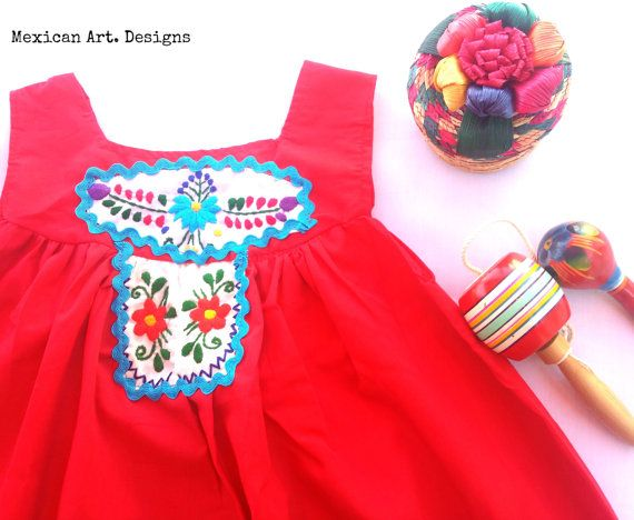 Hoi! Ik heb een geweldige listing op Etsy gevonden: https://www.etsy.com/nl/listing/492329252/xitlalyn-mexicaanse-fiesta-peuter-jurk