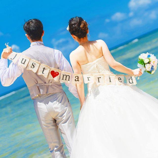 ♡just married♡ #フォトウェディング #ロケフォト #sky #プレ花嫁 #ガーランド#wedding#weddingdress #花嫁diy #プロポーズ #okinawa#リゾートウェディング #前撮り#宜野湾