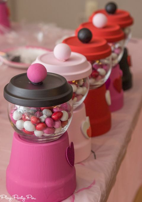 Valentine's Day bubble gum machines are such cute Valentine's Day crafts and perfect for this fun craft your heart out Valentine's Day party from www.playpartypin.com.