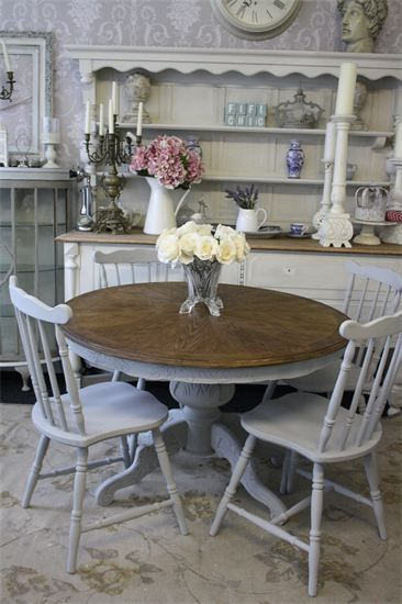 Gorgeousness is my word for it! ;-) Annie sloan Paris Grey