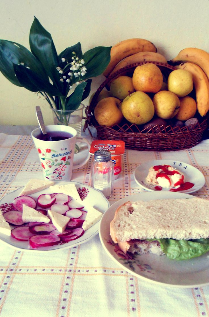 Cutie breakfast. :D