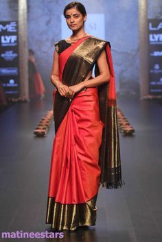 Models Walks For Santosh Parekh At Lakme Fashion Week Winter Festive 2016 - Hot Models Photo Gallery - High Resolution Pictures 22