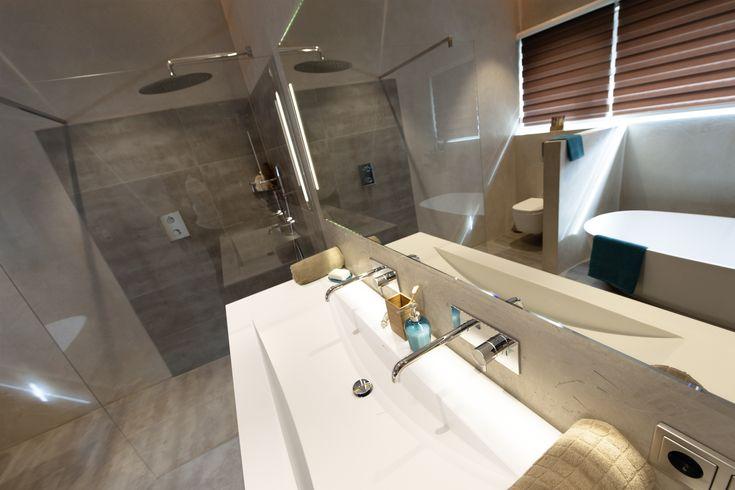 Die besten 25 begehbare dusche ideen auf pinterest badezimmer innenausstattung badezimmer - Thermostatarmatur dusche ...