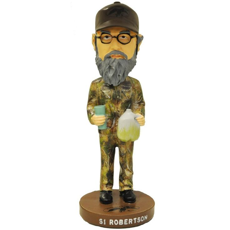 Si Robertson is a brother with a heart of gold but he's one of the Robertson clan that marches to the beat of his own drum.  A Vietnam Veteran, this Uncle Si Robertson Duck Dyntasy bobblehead figure is an essential item for anyone who loves Duck Commander more than anything.   Now you can have a swig of tea out of your favorite, unwashed cup, while you sit at your office cubicle or in your man cave and look up at this hilarious Duck Commander Duck Dynasty Uncle Si bobblehead figure.
