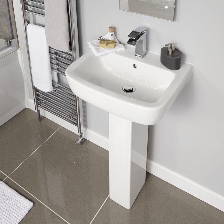 Holborn White Ceramic Wall Tile Pack Of 20 L 250mm W: 17 Best Images About Blissful Bathrooms On Pinterest