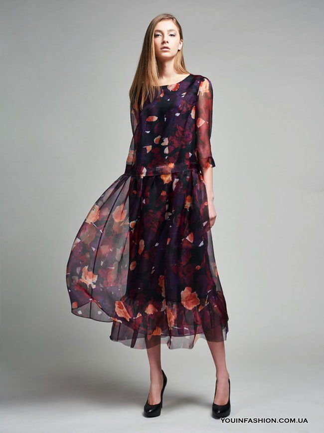 Модное платье миди с цветочным принтом