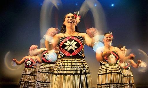 Maori Dance: Kaharungi Maori Dance Theatre. New Zealand. Indigenous