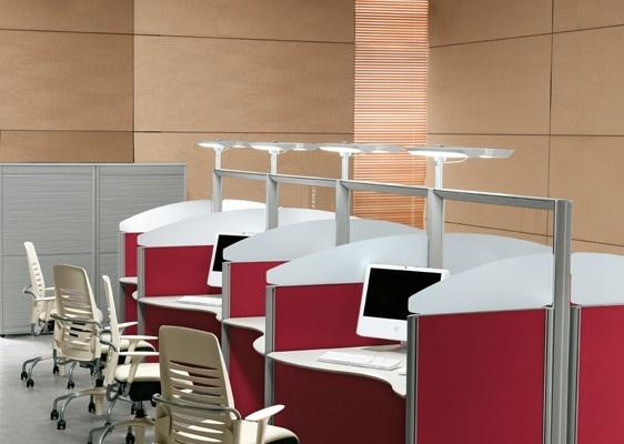 Adaptabilă ideilor diverse şi concepută pentru a răspunde nevoilor de remodelare a spaţiilor de lucru, gama Format permite crearea unui sistem de birouri personalizat. http://office.mobexpert.ro/produse/format-2/