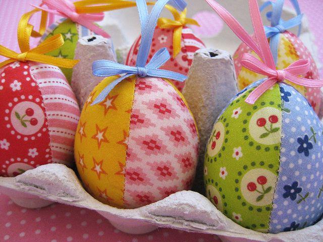 Frohe Ostern! Happy Easter!  Nach einer Anleitung von retro mama  Made from a retro mama pattern