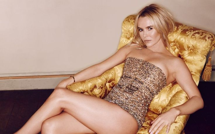 Official Amanda Holden Website
