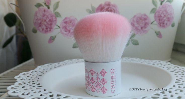 Catrice Rock-O-Co kabuki ecset A kifinomult elegancia…
