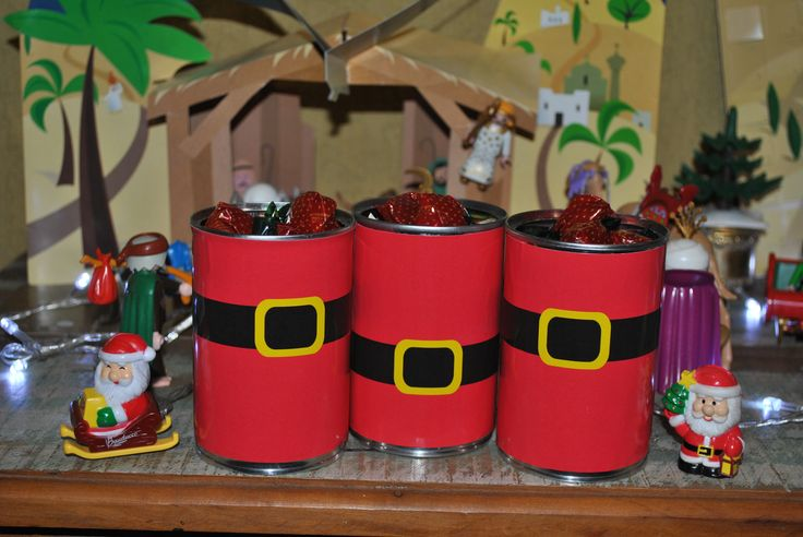 Latas decoradas para o Natal