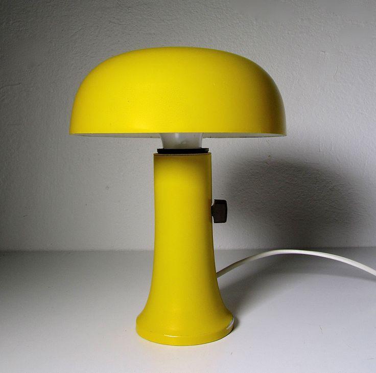 Valinte mushroom table lamp.