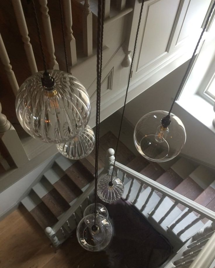 Clear Glass Staged Cluster Chandelier with 9 Globe Pendant Ceiling Light, Hereford Retro & Contemporary Design