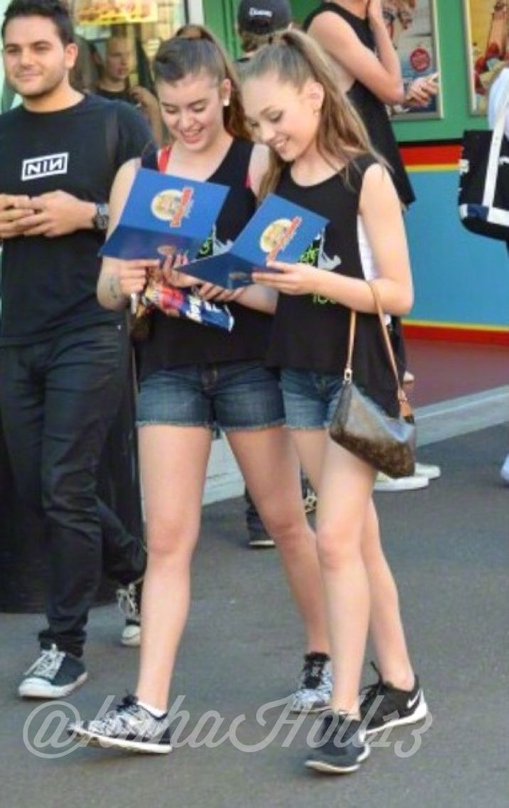 Added by @hahah0ll13 Dance Moms Maddie and Kalani in Sydney