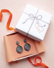 Create a new pair of earrings -- and a gift box to hold them -- in minutes.