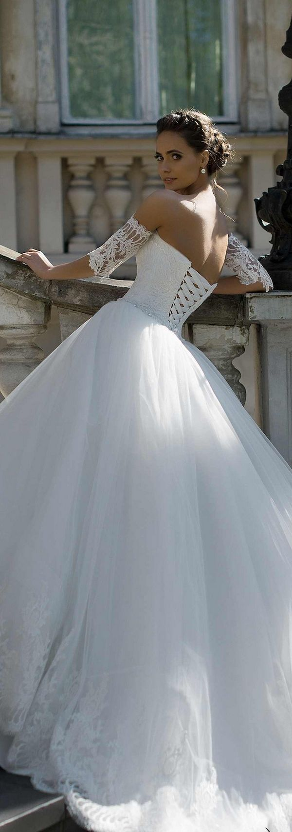 Magnificent Hire Wedding Dress Images - Wedding Ideas - memiocall.com
