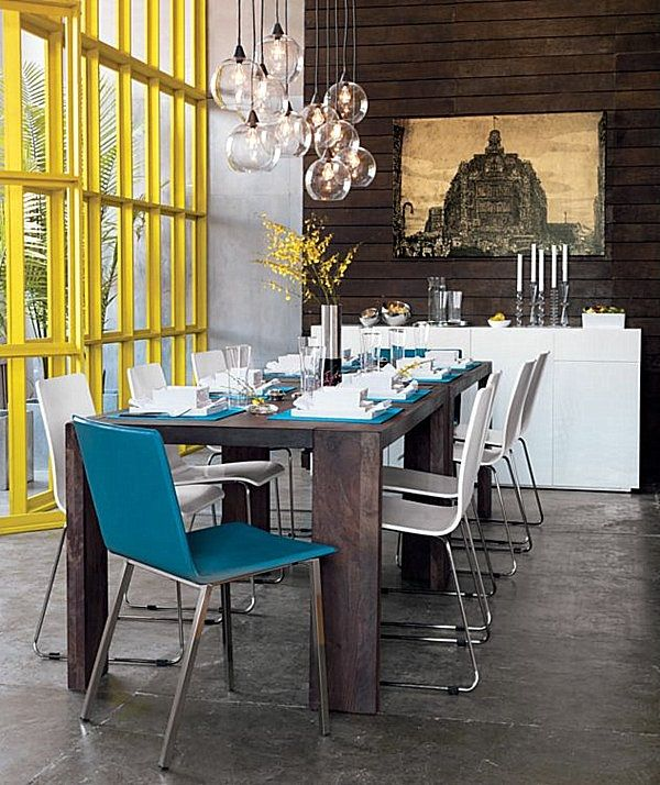 Inspirer jardin design de salle à manger avec une table et maîtresse plantes bois