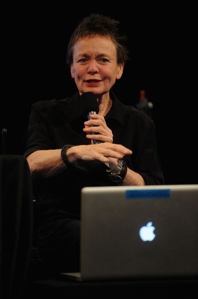 Laurie Anderson Photos Photos - Artist Laurie Anderson (L) attends Laurie Anderson in Conversation with Alex Ross MasterCard Stage at the SVA Theatre during The New Yorker Festival 2014 on October 12, 2014 in New York City. - Laurie Anderson in Conversation with Alex Ross