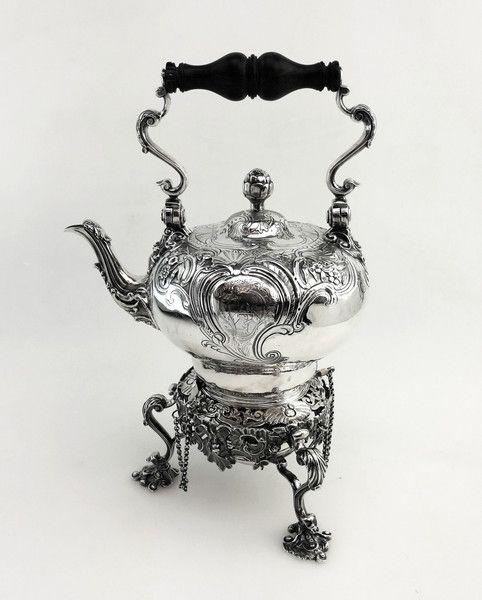 ANTIQUE GEORGE II GEORGIAN SILVER KETTLE ON STAND LONDON 1745 TEAPOT Michael Sedler Antiques London Silver Vaults Chancery Lane London, UK Antique Silver Dealer #antique #antiquesilver #sedlersilver #silver #london #teaparty #afternoontea