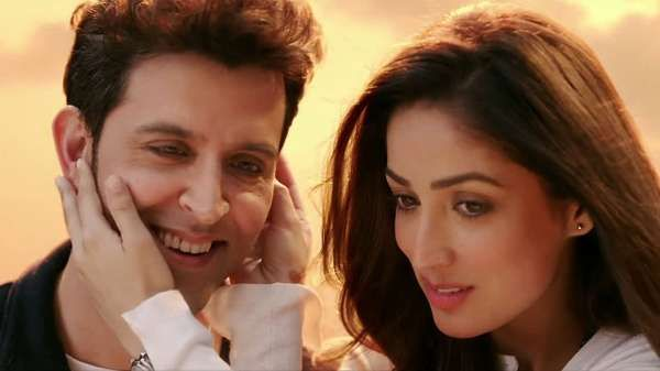 Watch Mon Amour Song HD Video From Kaabil Movie Ft Hrithik Roshan