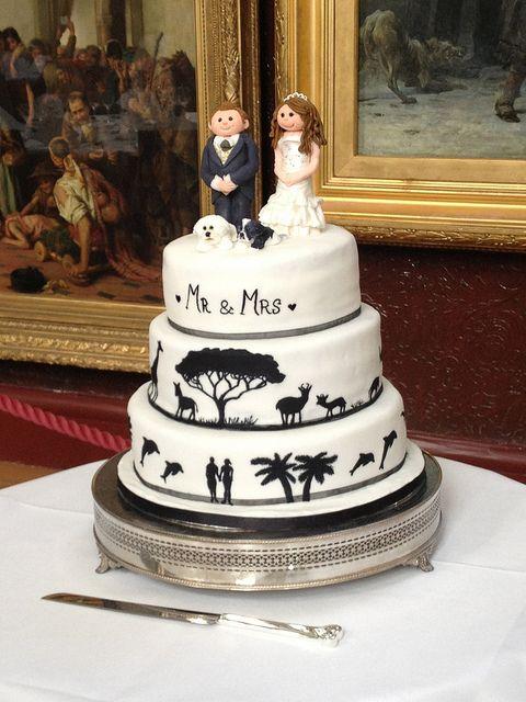 #HandPainted #Silhouette #WeddingCake https://www.facebook.com/charliecakes