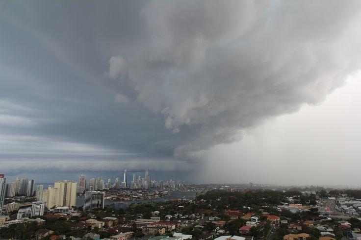 https://flic.kr/p/nDu9iA | Storm hitting the Gold Coast