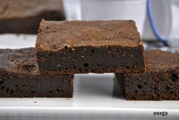 Brownie de chocolate americano | Magia en mi cocina | Recetas fáciles de cocina paso a paso