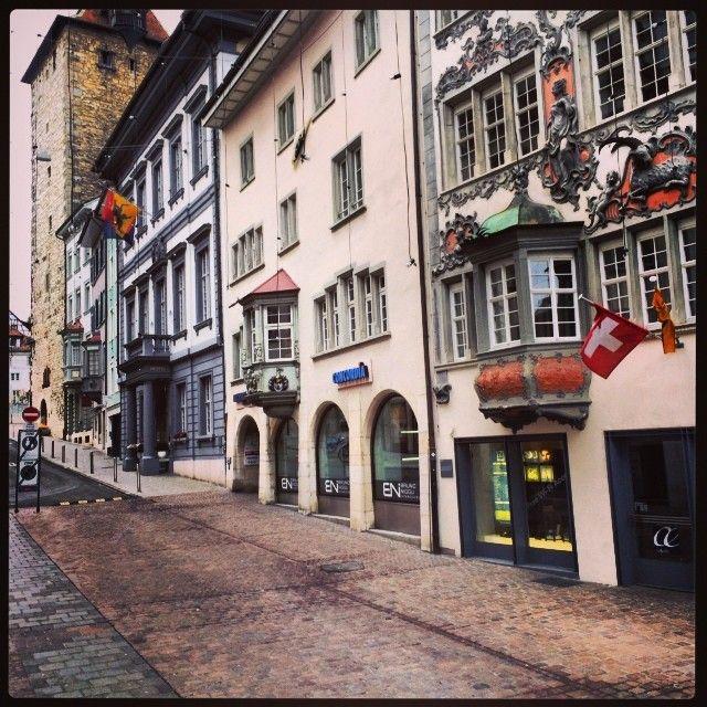 Schöne Altstadt mit Renaissance-Häusern und Mittelaltergebäuden.