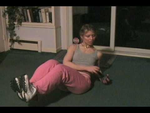 Russian Twists Abs/Obliques Exercise with Weight Workout for a Small Waist, Flat Stomach/Six Pack