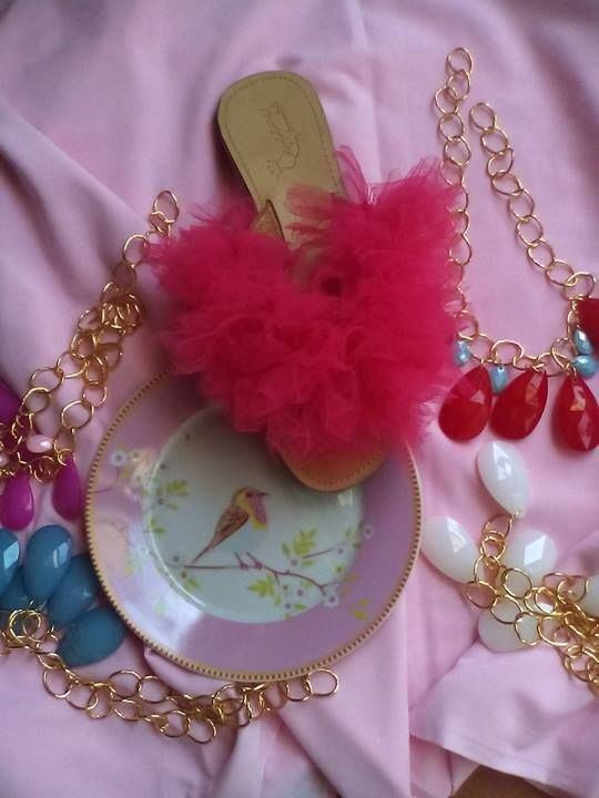 TUTU SANDAL AND NECKLACE ''DROP''