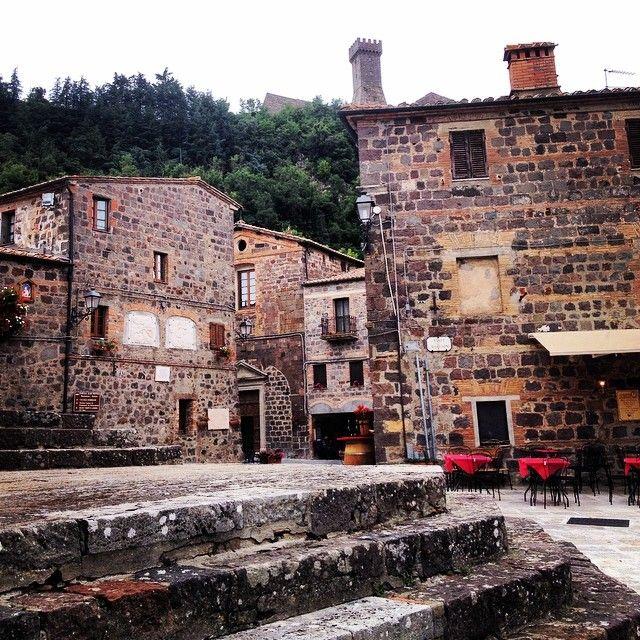 Il borgo - Radicofani | #siena #valdorcia #toscana #italia #tuscany #italy