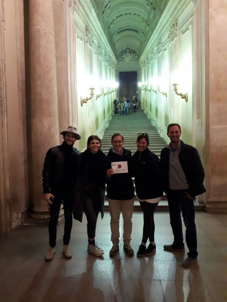 This shows just how small we try to keep our groups so that our clients can learn everything they want! Our guide Davide took this photo with our clients on November 20th in the halls of the Vatican museum! For more information about our Vatican Early Entrance Small Group Tour: www.livitaly.com/tour/early-entrance-vatican-small-group-tour/?src=pinterest