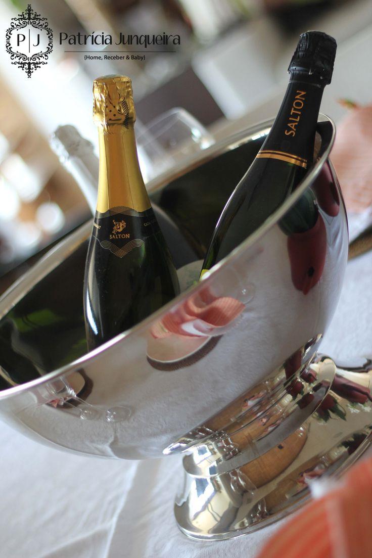 Decoração de Páscoa em Coral e tons terrosos por Patricia Junqueira {Home, Receber & Baby} com vinhos Salton. Veja todos os detalhes para Receber Bem!