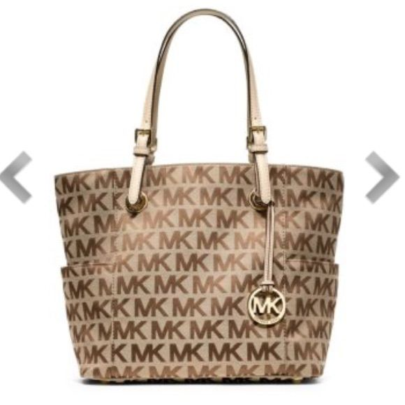 Jet Set Logo Michael Kors Tote Bag Brand new and tags attached, and 100% authentic. Michael Kors Bags Totes