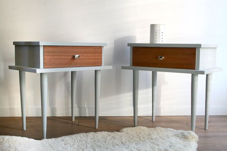 les 25 meilleures id es concernant tables de chevet peintes sur pinterest plateaux de table. Black Bedroom Furniture Sets. Home Design Ideas
