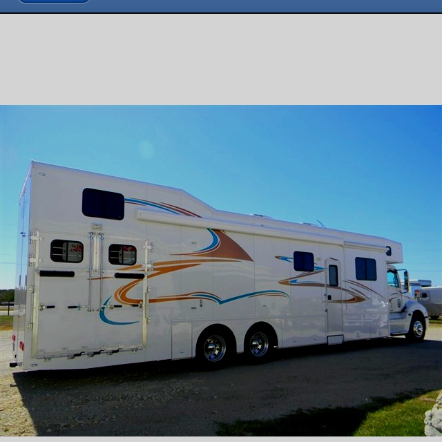 A horse trailer/ motor home for sale on horse trailer world!!! BADA$$