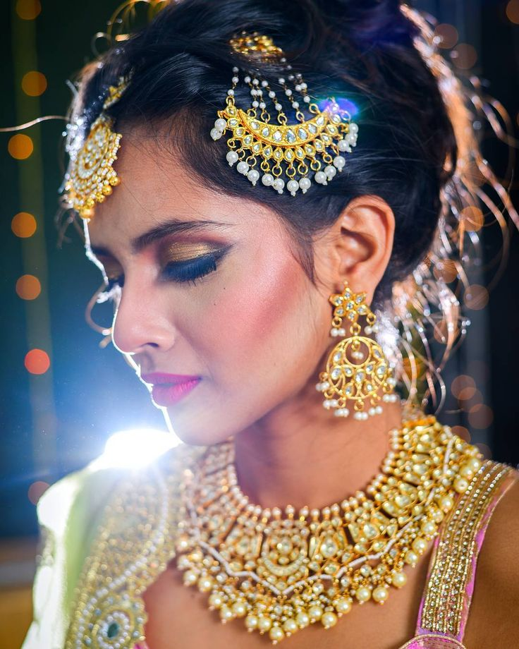 Got done with all the wedding ceremonies. I hope you checked my stories.  If you are confused what to wear in a wedding then you should check my blog right away. Link in bio  Makeup @shilpi1310 Hairstyle @shweta.tripathi.5494 Photography @akashjagtap9 Location @thelittlehairsalon  #weddingdress #weddinglook #prewedding #bridesmaid #celebratewithme #celebration #puneblogger #punebased #punefashionblogger #indianfashionblogger #bloggers #PhotoOftheDay #photoshoot #GirlBoss #goodvibesonly…
