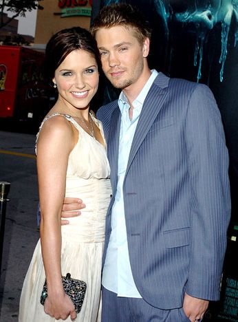 "Sophia Bush and Chad Michael Murray The One Tree Hill costars -- also involved on-screen -- wed in 2005, but divorced after only five months of marriage. ""You can love somebody, and not be in love with them, and I think that was a really valuable lesson,"" Bush has said. ""We weren't ready to get married, but it definitely doesn't mean we don't care about each other."