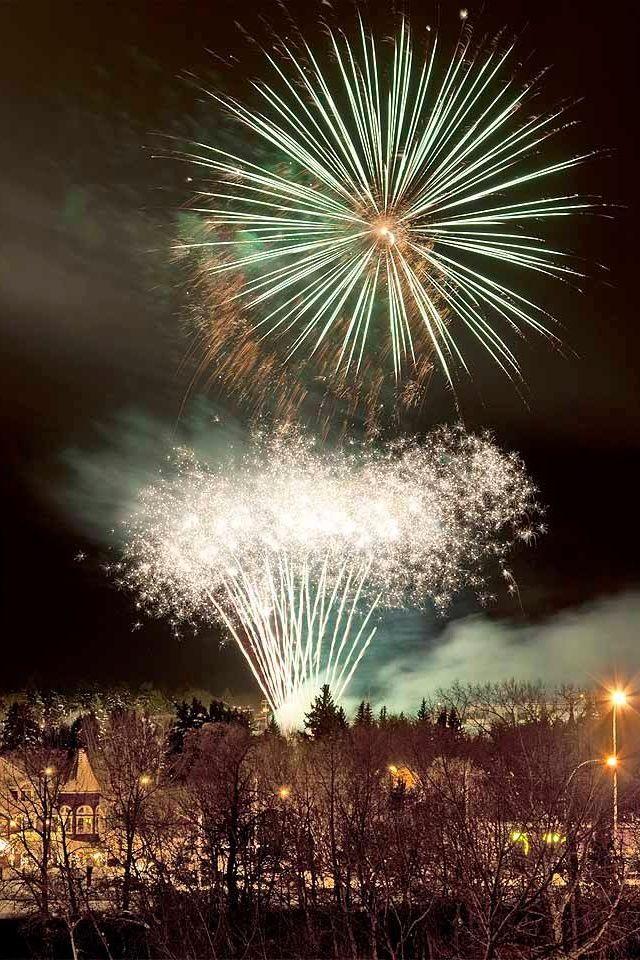 New Year's Eve fireworks - St. Albert