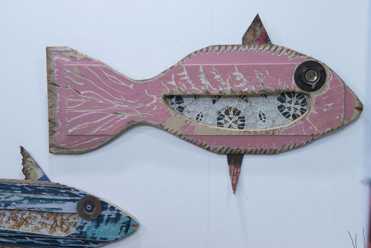 Pesci colorati per case allegre! #legno #rosa #blu