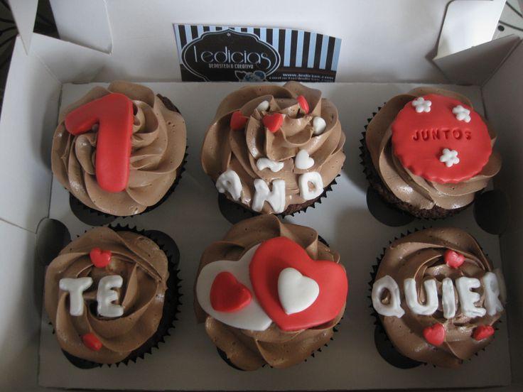 cupcakes para enamorados en fondant - Buscar con Google