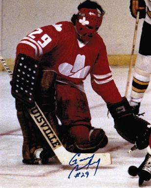 Another good view of WHA Calgary Cowboys unis , with Gary Bromley in net.