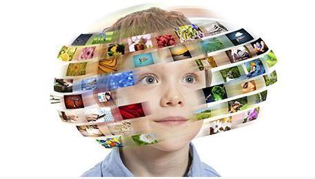 Blog van Linda Vonhof van Social Media Wijs: Maak duidelijke afspraken over gebruik internet. Met tips over beeldschermtijd, online omgangsvormen en privacy.