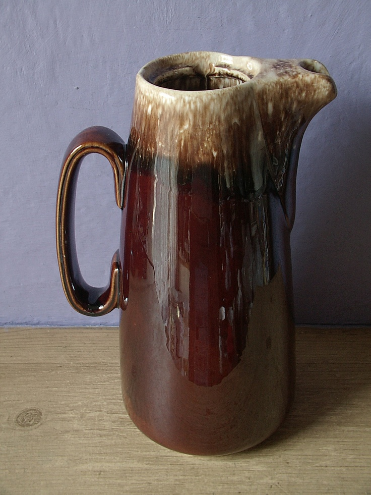 Hull pottery mirror brown coffee pot, brown drip, 1960 to 1985