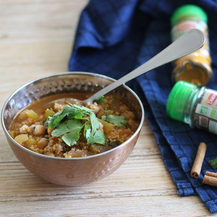 Quoi de mieux qu'une bonne soupe par ces températures glaciales ? Et pour changer un peu des recettes traditionnelles @IloveDOIY a opté pour cette recette marocaine servie dans un bol cuivré BABOU à 2€.
