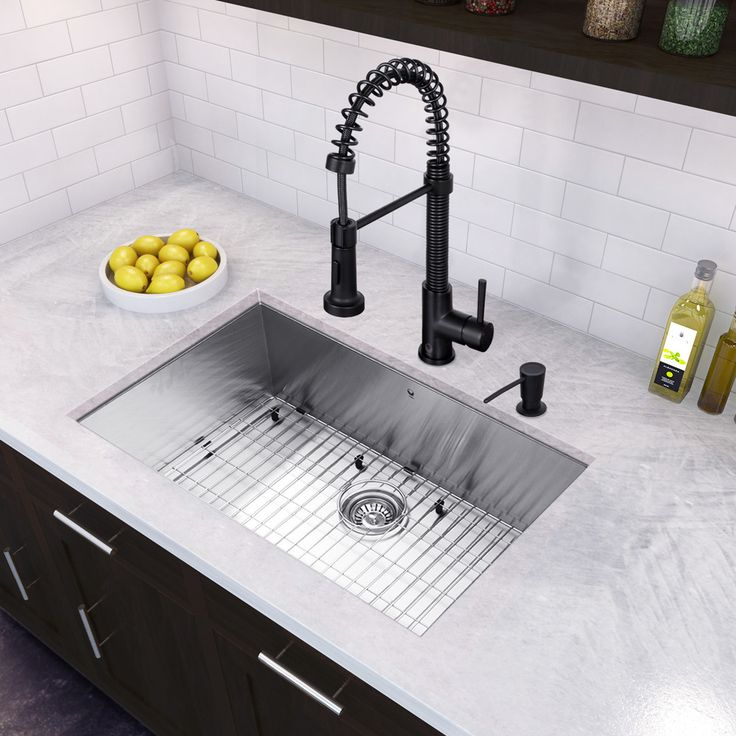 "30"" x 19"" Undermount 16 Gauge Single Bowl Kitchen Sink and Edison Pull-Down Spray Kitchen Faucet"