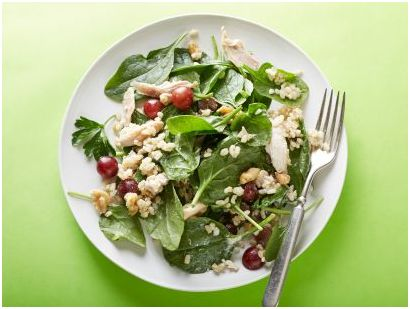 Try out Quick and Healthy Chicken, Rice and Grape Salad today. You'll be forever grateful, especially if you are watching your weight or just remaining healthy!